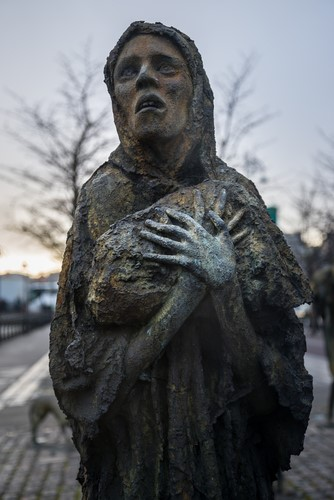 Face of sculpture of starving woman